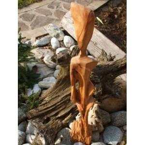 Drevená soška